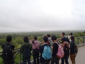 曇天の下、霧多布湿原を見学