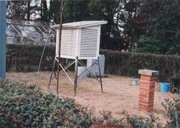 気象観測露場