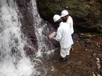 渓流水採水